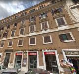 Condominio quartiere Testaccio - restauro scale interne ingresso